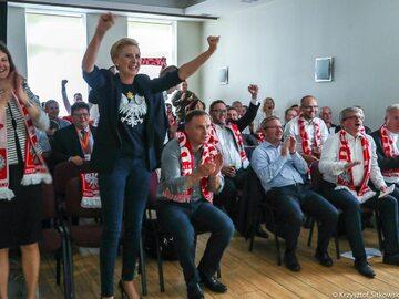 Mecz Polska - Japonia. Tak kibicowała Agata Duda