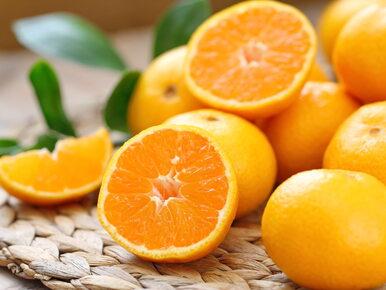 Pomarańcza zmieniła kolor na fioletowy. Naukowcy podali przyczynę