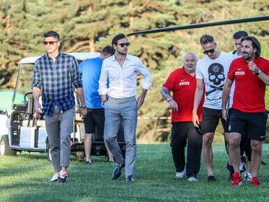 Piłkarze są już w Arłamowie! Część z nich na zgrupowanie dotarła...