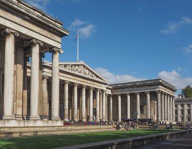 """Ewakuacja turystów z British Museum. Doniesienia o """"kontrolowanej..."""