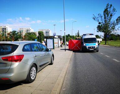 Dziwny wypadek w Łodzi. Kobieta zginęła po wyjściu z autobusu