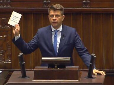 Petru przyniósł do Sejmu książkę o tyranii i udzielił lekcji. Marszałek...