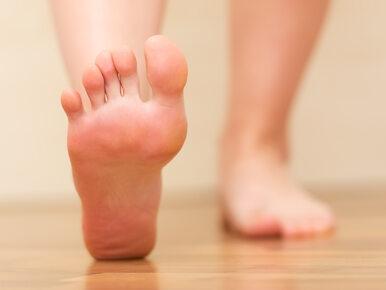 Swędzące stopy. 6 możliwych przyczyn