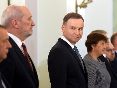 Najnowszy sondaż: Polacy najbardziej ufają Andrzejowi Dudzie. Kto wypadł...