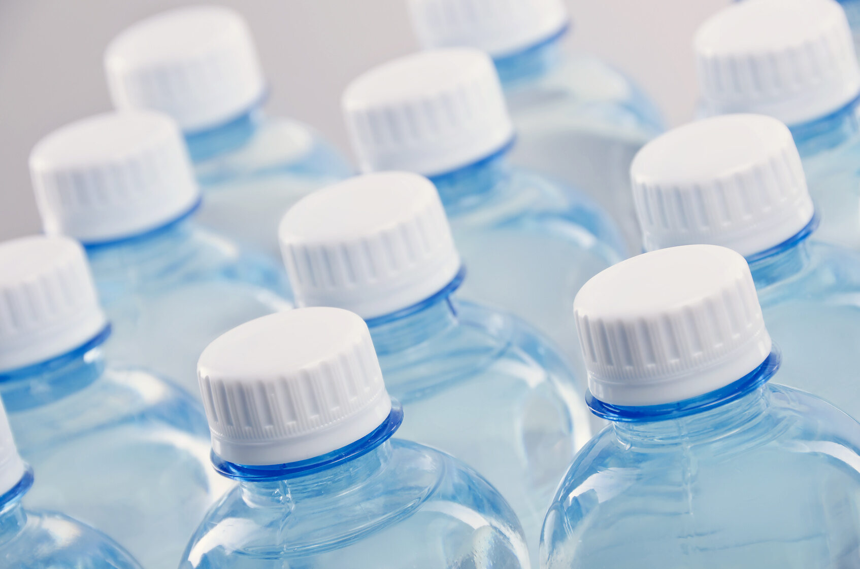 Butelki plastikowe, zdjęcie ilustracyjne
