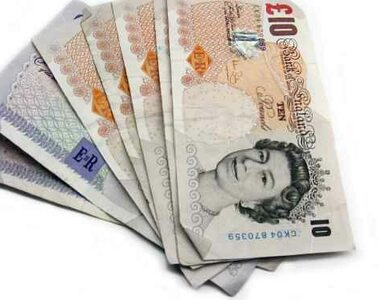 Brytyjczycy bez oszczędności. Pieniędzy wystarczy im na 5 dni