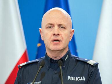 """Policja wstrzymuje wypłatę dodatków dla funkcjonariuszy. """"Minister..."""
