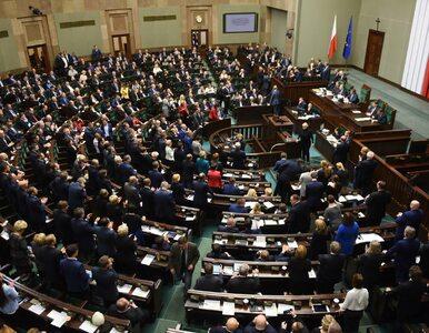 Sejm przyjął projekt PiS ws. Trybunału Konstytucyjnego. Teraz projektem...