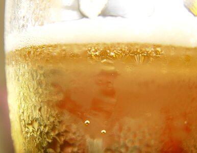 Polacy piją, bo chcą poczuć się lepiej