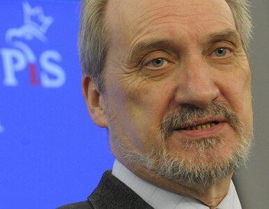 Macierewicz: prokuratura atakuje moich ekspertów