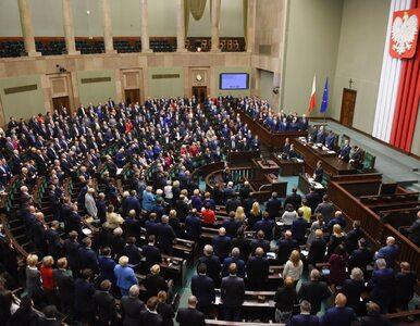 65 lat i na emeryturę? Polacy wypowiedzieli się na temat parlamentarzystów