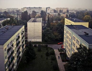Łódź: półtoraroczne dziecko wypadło z okna