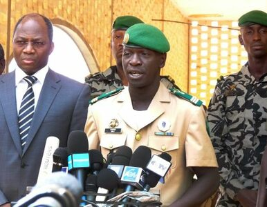 Mali: junta oddaje władzę cywilom