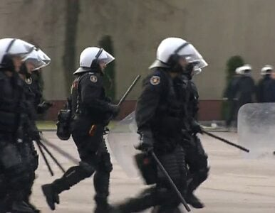 Policjanci ćwiczą przed 11 listopada