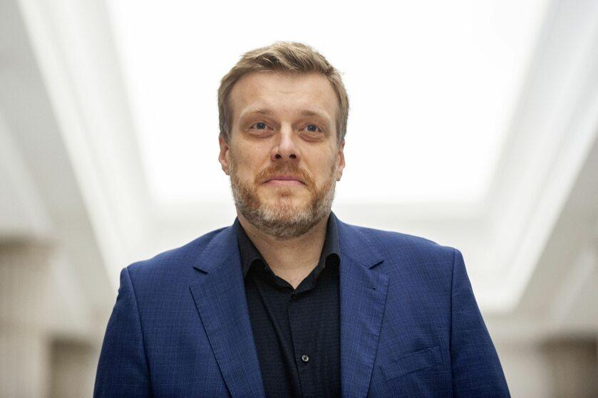 Jeden z posłów Lewicy, Adrian Zandberg