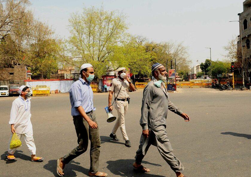 Mieszkańcy Delhi w czasie epidemii koronawirusa