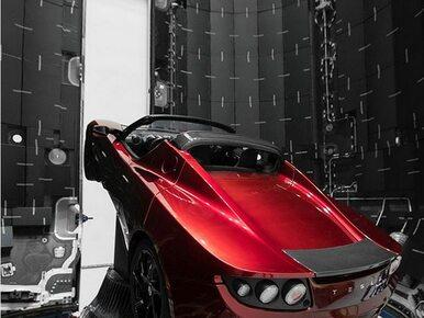 Elon Musk wystrzeli w kosmos swój samochód. Jak tłumaczy ten...