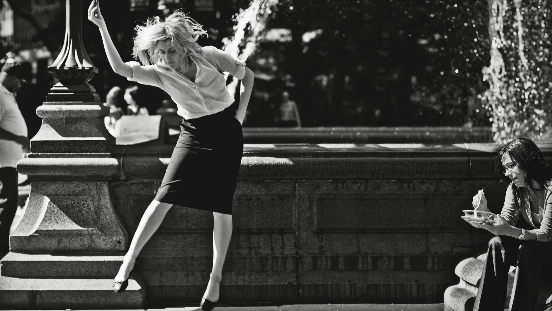Greta Gerwig jako Frances w filmie Frances Ha (2012)