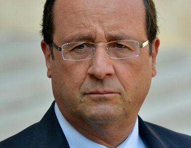 """""""Prezydent Francji jest samotny jak nigdy"""""""