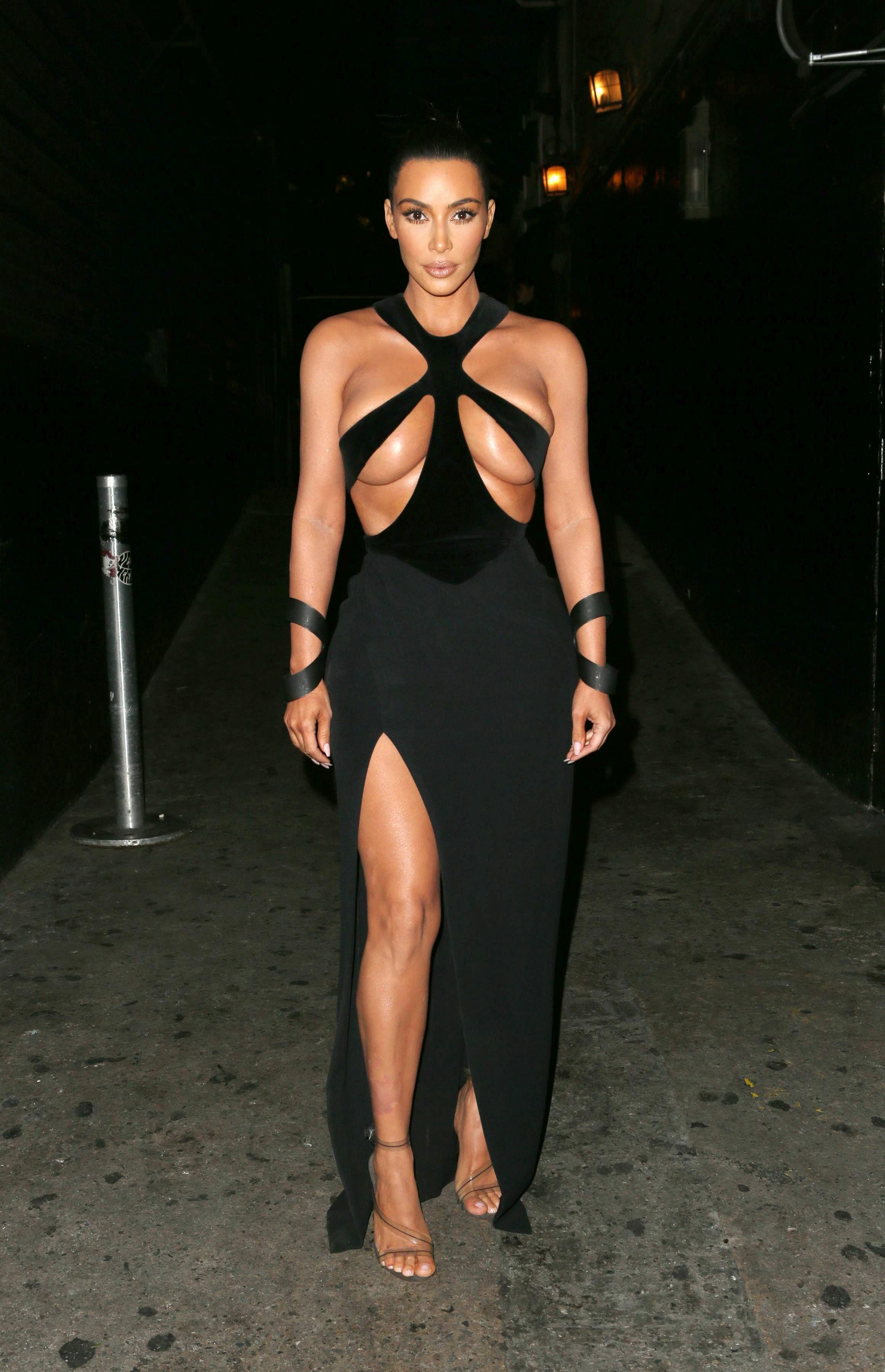 Kim Kardashian na gali Hollywood Beauty Awards