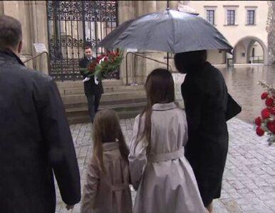 Marta Kaczyńska złożyła kwiaty na grobie rodziców