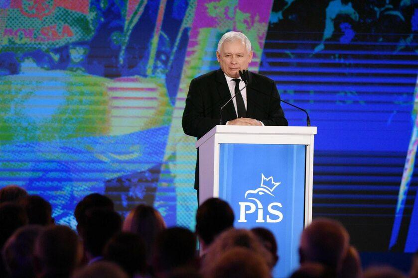 Prezes PiS Jarosław Kaczyński na konwencji programowej partii