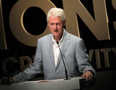 Bill Cilnton nie rozwiedzie się, bo… umiera?