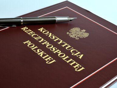 Wójt z PiS chce Dekalogu w konstytucji. Wysłał petycję do Senatu