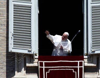 Papież Franciszek spóźnił się na Anioł Pański. Podał zaskakujący powód