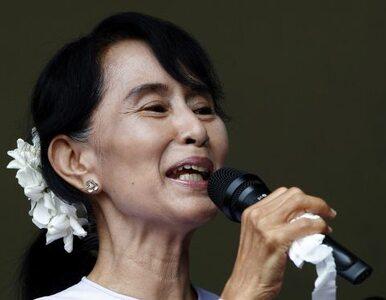 Birma: noblistka zdeklasowała rywali w wyborach