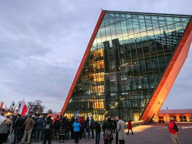 Gigantyczne kolejki przed Muzeum II Wojny. 20 tys. odwiedzających